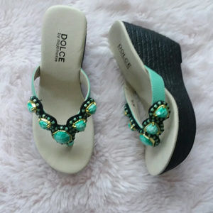 NEW Dolce by MojoMoxy Green Wedge Heels